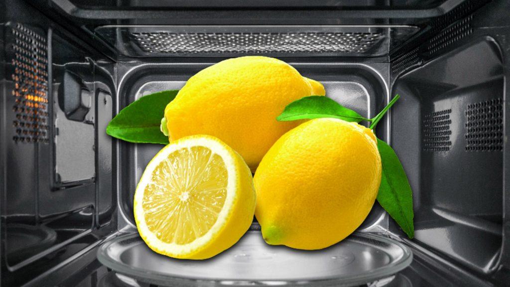 почистване на микровълнова с лимон