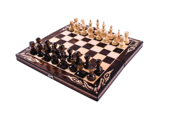 13. Комплект шах и табла
